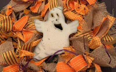 Halloween Wreath Make and Take 09-12